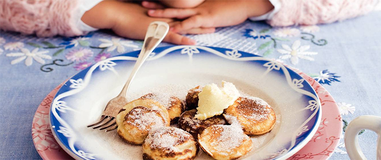 poffertjes fluffy pancakes hollandforyou